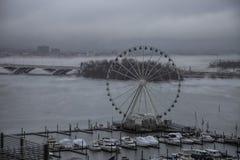 La niebla cubre el río Potomac Fotografía de archivo