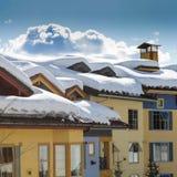 La nieve remató los tejados Fotografía de archivo