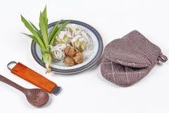 La noce di cocco schiacciata dolce cotta a vapore dell'involucro della farina ha completato il rotolo molle della noce di cocco Fotografie Stock