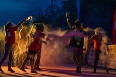 La noche Bucarest del funcionamiento del color Fotografía de archivo