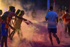 La noche Bucarest del funcionamiento del color Foto de archivo