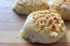 La noisette supérieure rapièce les biscuits enduits Photo libre de droits