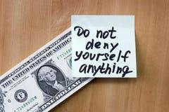 La nota è attaccata al dollaro Fotografie Stock Libere da Diritti