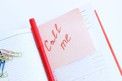 La note sur le de papier M'APPELLENT Images libres de droits