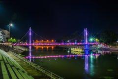 La notte del ponte in Lampang, la Tailandia Immagini Stock Libere da Diritti