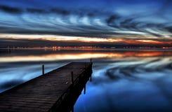 La notte in lago Immagini Stock
