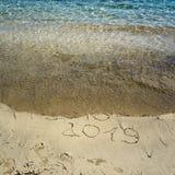 La nouvelle année 2019 est le prochain concept - l'inscription 2018 et 2019 sur a Photos stock
