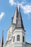 LA NOUVELLE-ORLÉANS, LA - 13 AVRIL : Belle architecture de basilique de cathédrale de Saint Louis en Jackson Square, la Nouvelle- Photographie stock libre de droits