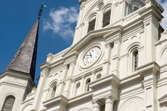 LA NOUVELLE-ORLÉANS, LA - 13 AVRIL : Belle architecture de basilique de cathédrale de Saint Louis en Jackson Square, la Nouvelle- Images stock
