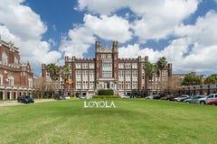 La Nouvelle-Orléans, LA/USA - vers en mars 2009 : Bâtiment principal et entrée à Loyola University à la Nouvelle-Orléans, Louisia Photos libres de droits