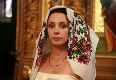 La novia en iglesia Fotos de archivo libres de regalías