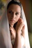 La novia está consiguiendo lista fotografía de archivo