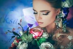 La novia floreciente Foto de archivo libre de regalías