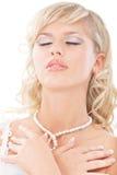 La novia joven ha cerrado ojos Imagen de archivo