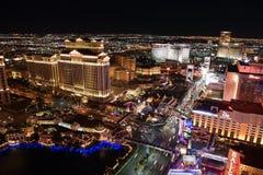 La nueva tira de Las Vegas en la noche foto de archivo libre de regalías
