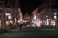 La nuit au centre de la ville de Limbourg photos stock