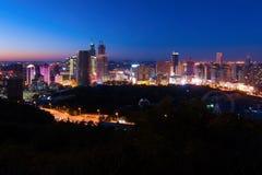 La nuit de Dalian Photographie stock