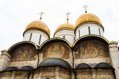 La nuit orthodoxe de supposition de rue de cathédrale de la supposition Cathedral Image stock