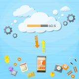 La nuvola astuta del telefono cellulare carica i dati online di Internet Immagine Stock