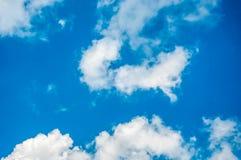 La nuvola ed il cielo blu Fotografia Stock Libera da Diritti