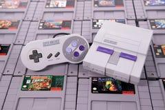 La obra clásica de Nintendo SNES y el juego video retro fotografía de archivo
