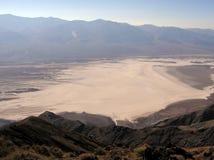 La opinión de Dante, línea de la playa de la sal, parque nacional de Death Valley Fotos de archivo