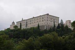 La opinión de la abadía del montecassino de la vía de acceso Imagen de archivo