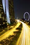 La opinión de la noche de la bahía del puerto deportivo enarena Singapur Foto de archivo libre de regalías