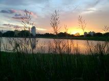 La opinión de la puesta del sol foto de archivo
