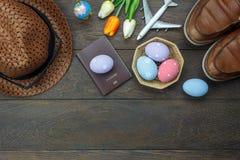 La opinión de sobremesa tiró de fondo feliz del día de fiesta de Pascua de la decoración Fotos de archivo