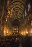 la opinión del interior de la iglesia de la luz de la noche Fotografía de archivo libre de regalías