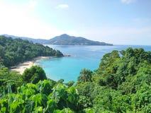 La opinión del mar en Laem canta, Phuket imagen de archivo