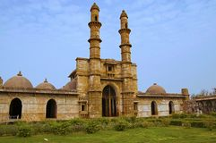 La opinión externa Jami Masjid Mosque, la UNESCO protegió el parque arqueológico de Champaner - de Pavagadh, Gujarat, la India Fe imágenes de archivo libres de regalías