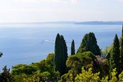 La opinión del mar de Achilleion Imagen de archivo libre de regalías