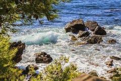 La orilla mediterránea Imagen de archivo libre de regalías