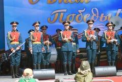 La orquesta militar se realiza en etapa Foto de archivo libre de regalías