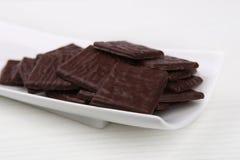 La oscuridad ajusta los chocolates Fotografía de archivo