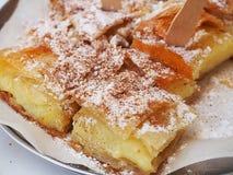 La pâtisserie grecque a appelé Bougatsa image libre de droits