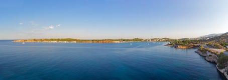 La péninsule de Kavouri et Vouliagmeni aboient, Athènes - la Grèce Images stock