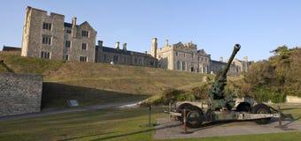 La pagaille de l'officier et l'artillerie WW2 au château de Douvres image libre de droits