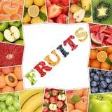 La pagina da frutta con la parola fruttifica come la mela, fragola, arancio Fotografie Stock