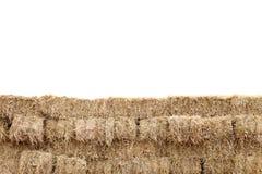 La paglia, parete del cubo del blocchetto della paglia, paglia asciutta, fieno del mucchio di fila ha isolato il fondo bianco, pa Immagini Stock