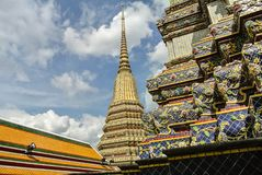 La pagoda è in Wat Pho Bangkok Thailand immagine stock