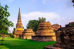 La pagoda a été détruite dans Ayuttaya Photo stock