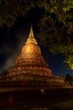La pagoda antica alla notte Immagini Stock