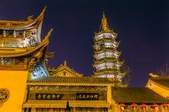 La pagoda buddista del tempio di Nan-Chang Stars la notte di Wuxi Jiangsu Cina Fotografie Stock Libere da Diritti