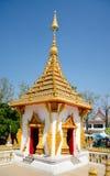 La pagoda dans le temple de waeng de nong khonkaen Images libres de droits