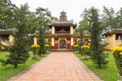 La pagoda de Celestial Lady en Hue Vietnam - Chua Thien Mu Imagen de archivo