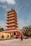 La pagoda de Vinh Trang dans la région de delta du Mékong au Vietnam du sud image libre de droits