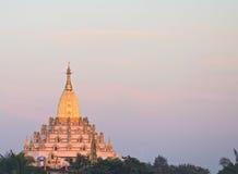 La pagoda di Swal Daw in Rangoon Fotografie Stock